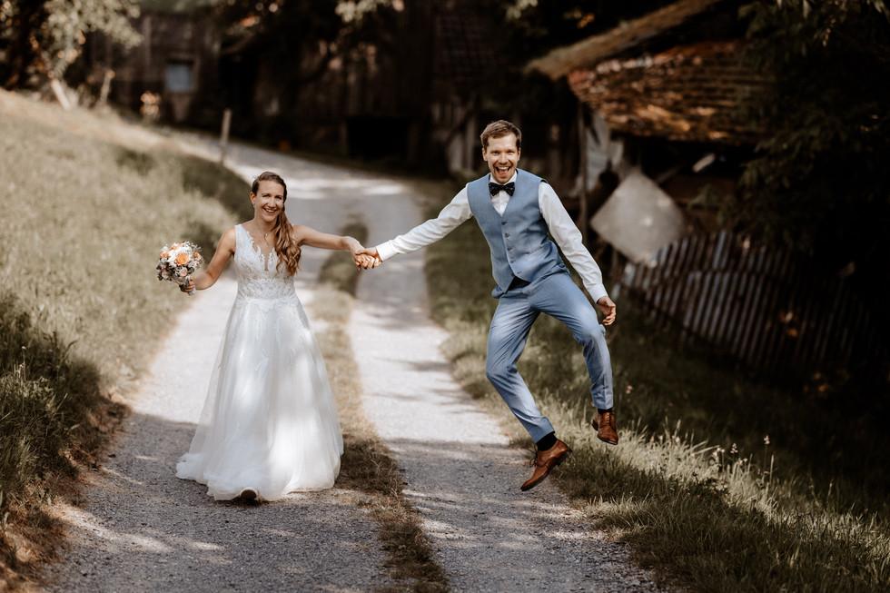 Hochzeitsfotograf Meggen Luzern- Bioweingut Sittenrain-40.jpg