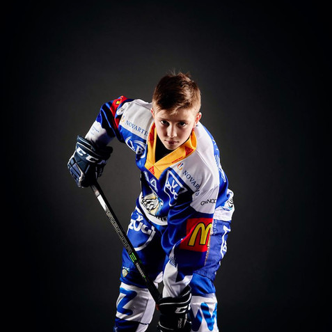 Eishockeyspieler-Sport-shooting-Foto-luzern-EVZ