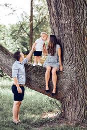 Outdoor Familien Fotoshooting - Familienfotograf Daniel Dyntar Luzern