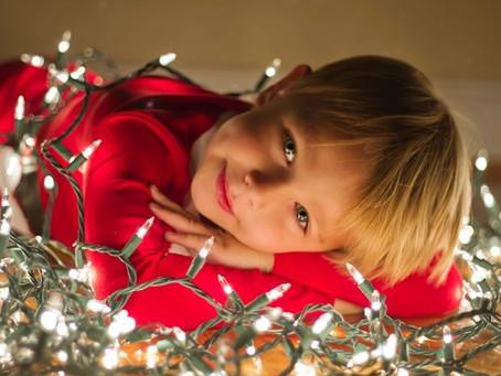 Cómo vestir a tu hijo para noche buena y que sea el protagonista de la fiesta