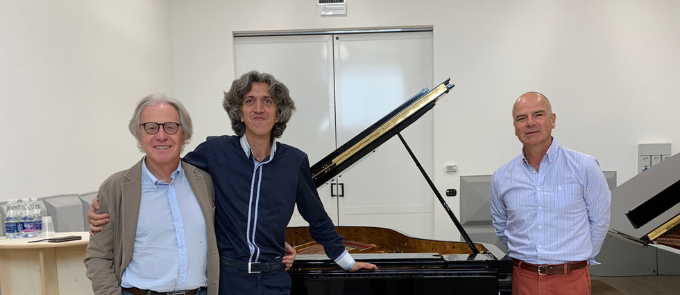 Ing. Paolo Fazioli, Vittorio Forte, François Mischler responsable Fazioli en France