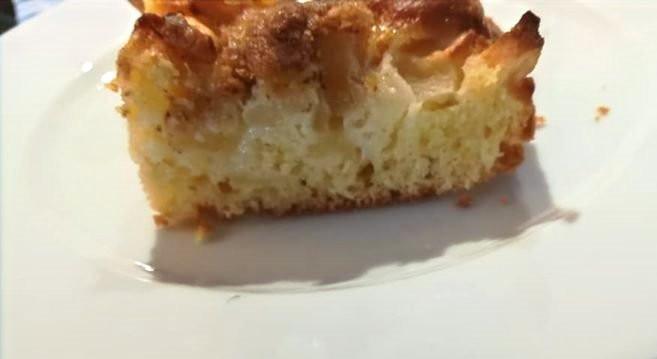 Apfelkuchen mit Haselnüssen