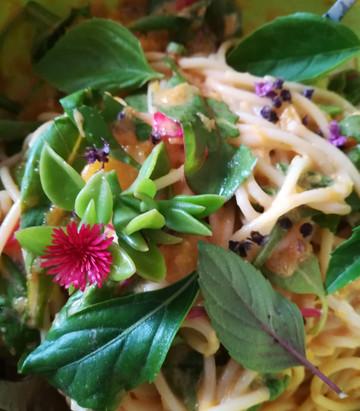 Spaghetti mit Kürbissauce oder lauwarmer Spaghetti Salat?