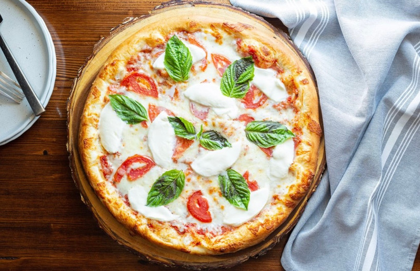 Margheritta Pizza.jpg