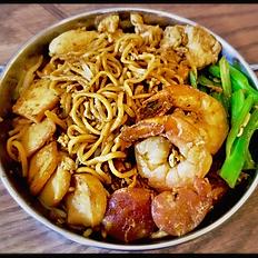 Bakmi Goreng Djakarta / Stir Fried Egg Noodle
