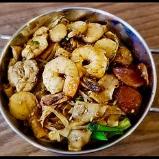 Kwetiaw Goreng Djakarta / Stir Fried Flat Rice Noodle