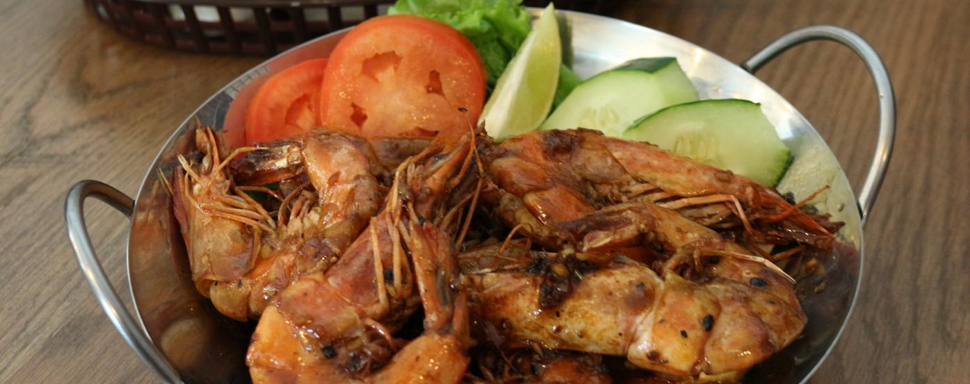 Deep Fried Shrimp With Butter Sauce