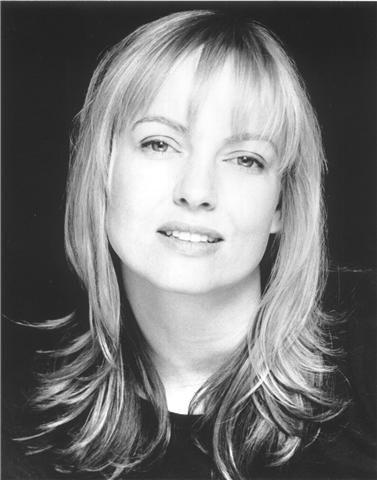 Lisa Kay wins Best Actress Award