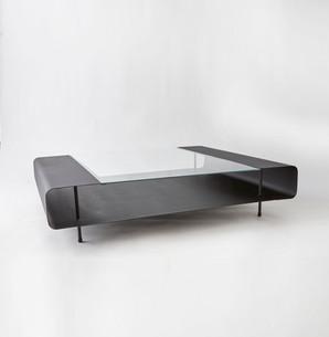 Flat boy coffee table