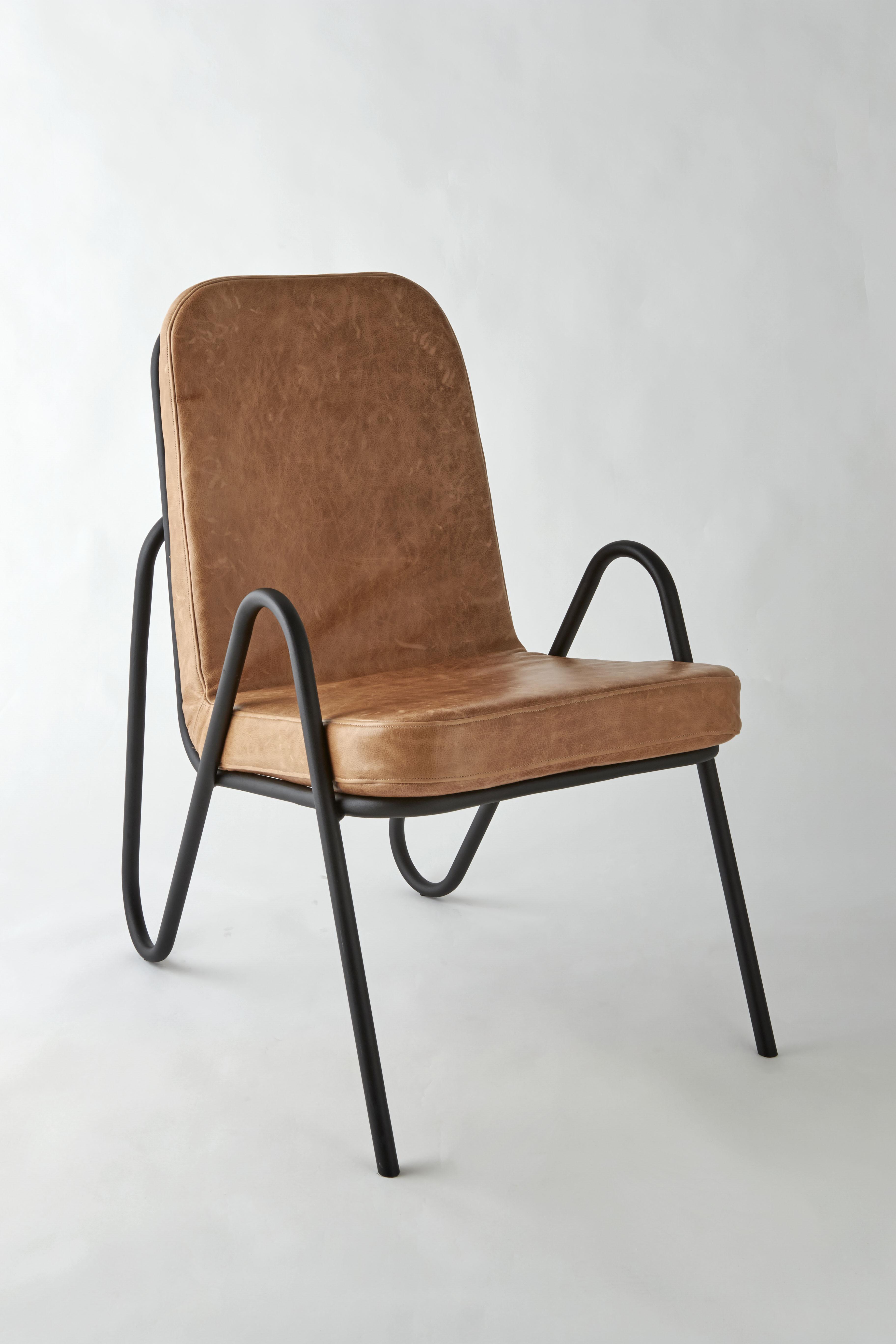 mayor chair tan side