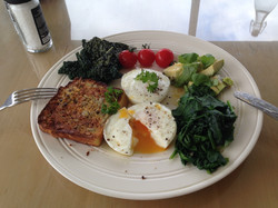 Poached eggs and veggies