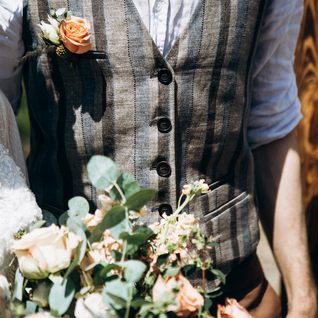 Slow Fashion for your Eco wedding