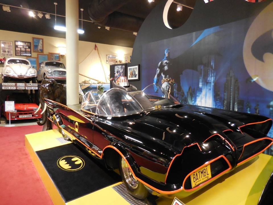 Batmobil im Cayman Motor Museum