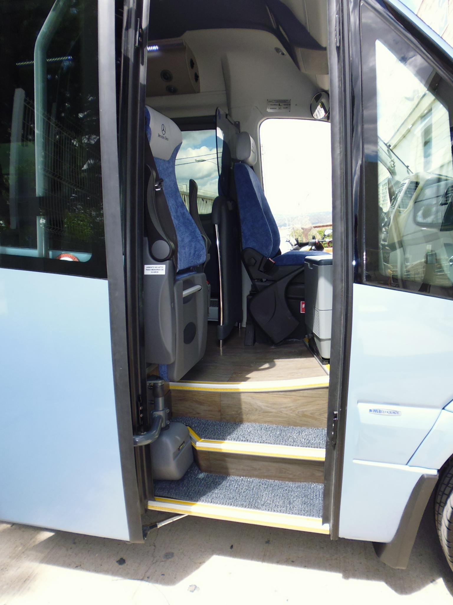 Microbús Corvi Long Car-bus.net