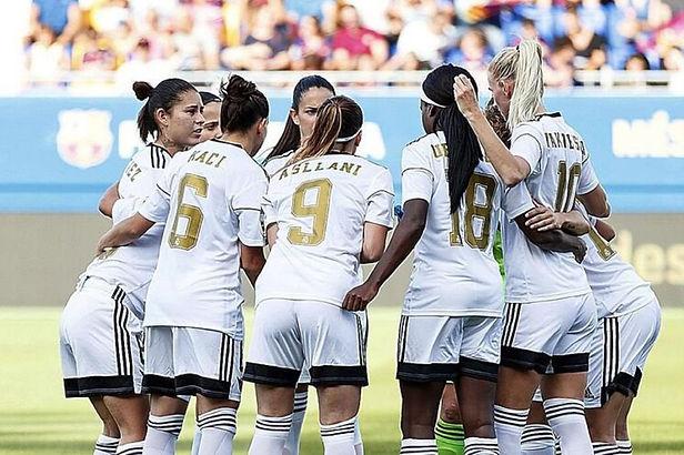 Real Madrid conforma su primer equipo profesional de mujeres en la historia