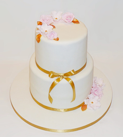Pink and Gold Floral cake