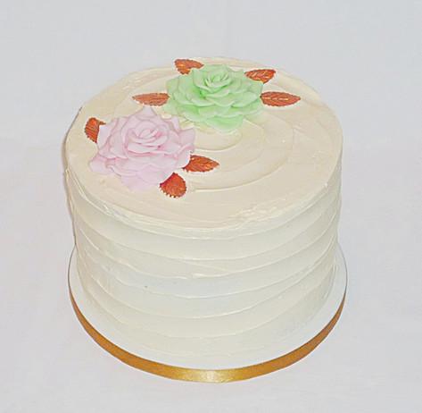 Roses Buttercream Cake