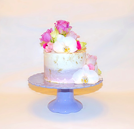 Orchid and Rose lilac cake