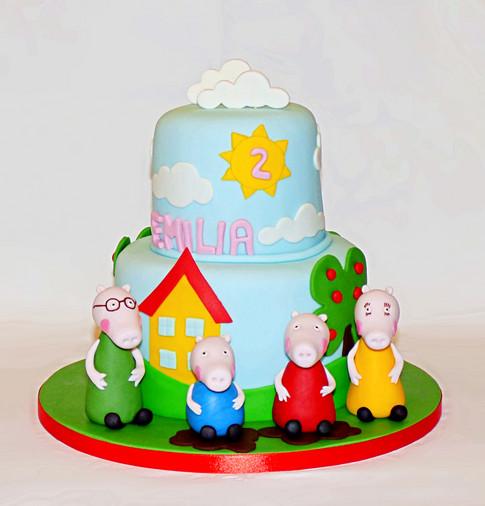 Peppa Pig Family birthday cake