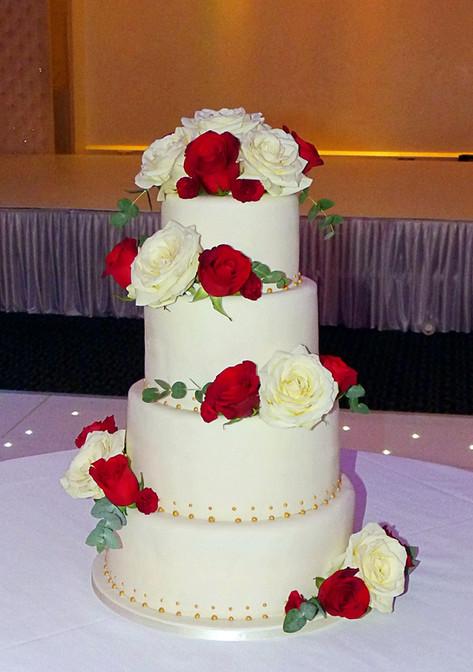 Red and White Fresh Roses Wedding Cake