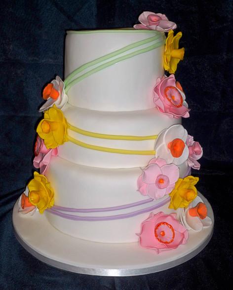 Daffodils Wedding Cake