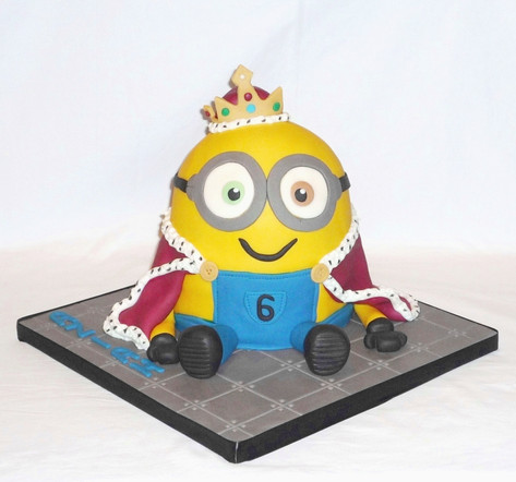 King Bob Minion Birthday Cake