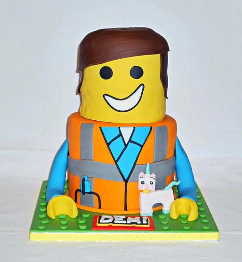 3D Lego Emmet Cake