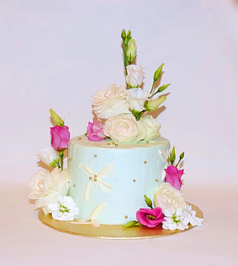 Tiffany blue floral cake