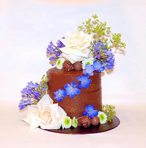 Chocolate Nutella and Blue Flowers cake