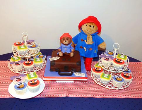 Paddington Bear cakescape
