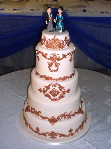 Baroque Versailles inspired Wedding Cake