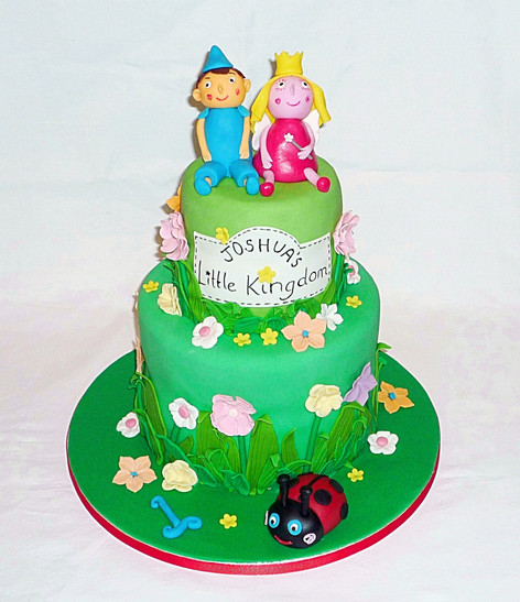 Ben and Holly's Little Kingdom Cake
