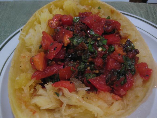 Uncooked Fresh Tomato-Basil Sauce
