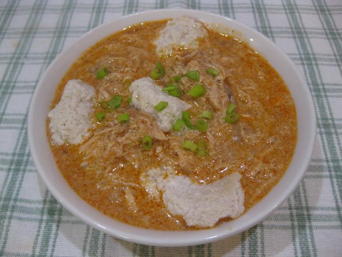 Keto Slow-Cooker Hungarian Chicken Paprikash with Dumplings