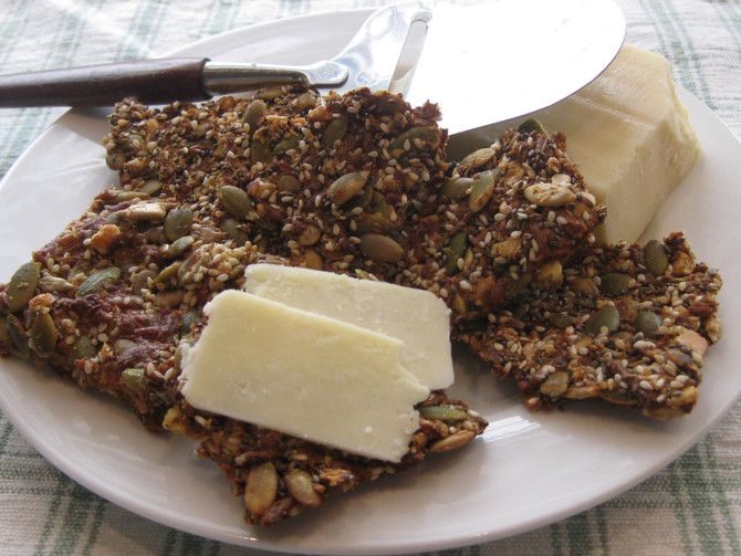 Crunchy, Nutty Cheese Crackers