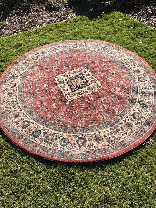 Round rug - red