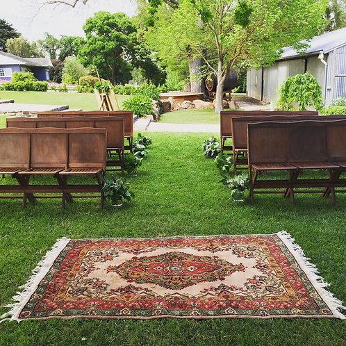 Reg/green rug