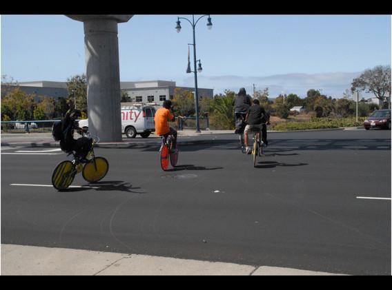 20140920 Scraper bikers crossing Hegenbe