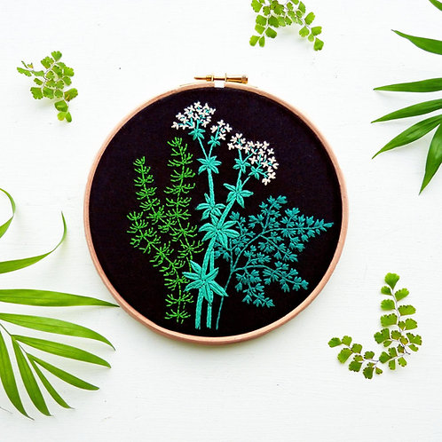 Umbellifers Embroidery Kit