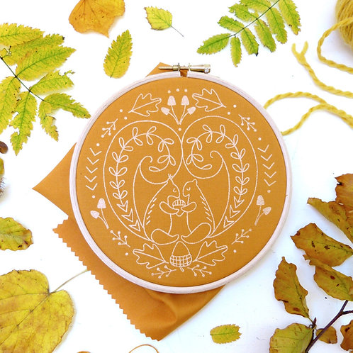 Autumn Squirrels - 'No Frills' Embroidery Kit