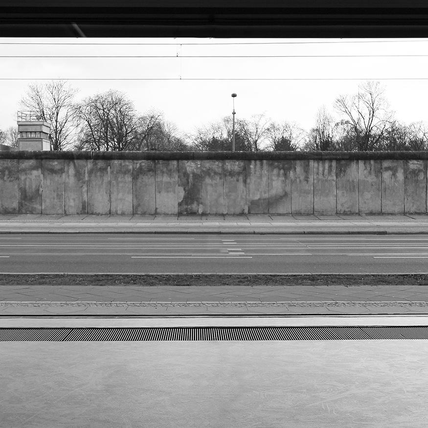 Berlin Wall 01