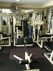 personal training, hyper extension machine in personal training studio