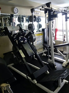 personal training, leg press machine in personal training studio