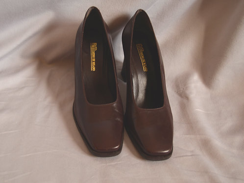 Vintage Brown Leather Pumps |7.5|