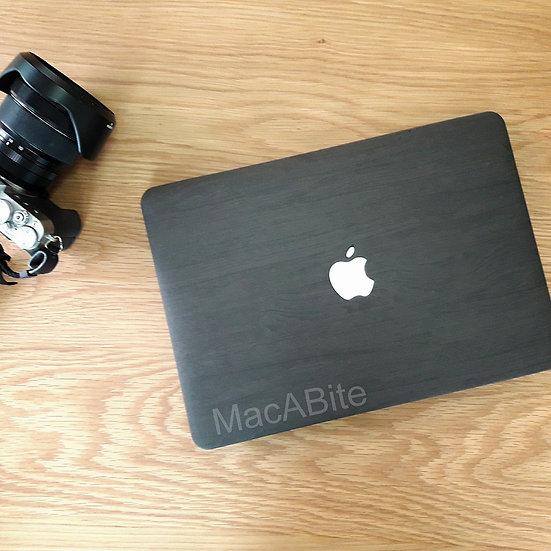 เคส Macbook ลายไม้ สี Dark Brown wood grain  เจาะโลโก้