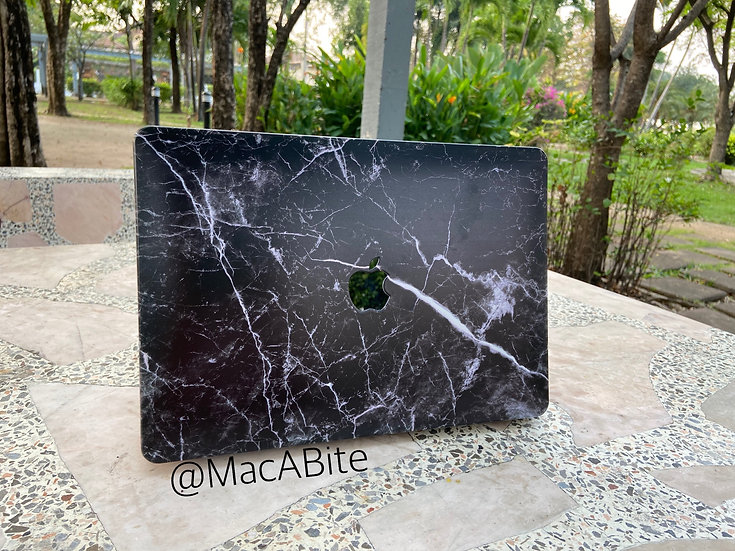 เคส Macbook ลายหินอ่อน  BlackBone เจาะโลโก้
