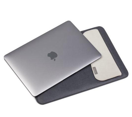 กระเป๋า moshi muse for macbook