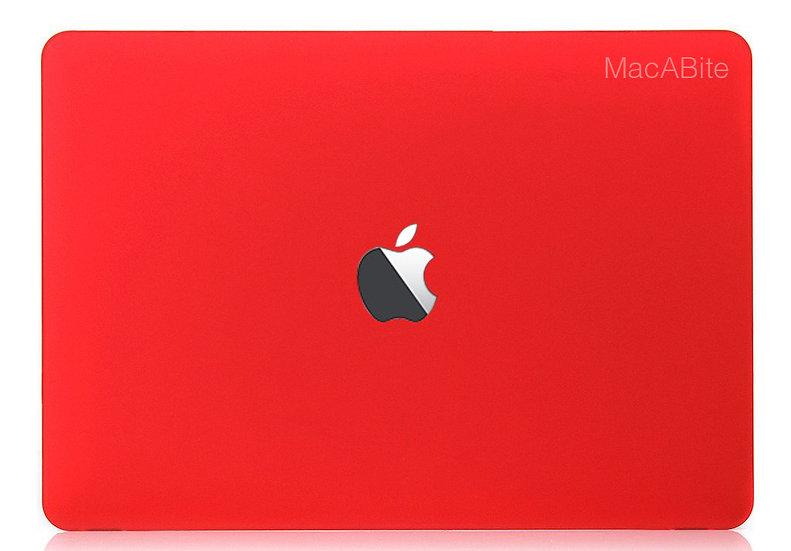 เคส Macbook สีแดง ผิวด้าน เจาะโลโก้
