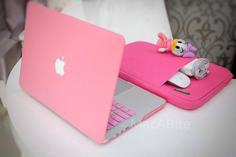 เคส Macbook สีชมพู เนื้อพ่นทราย เจาะโลโก้