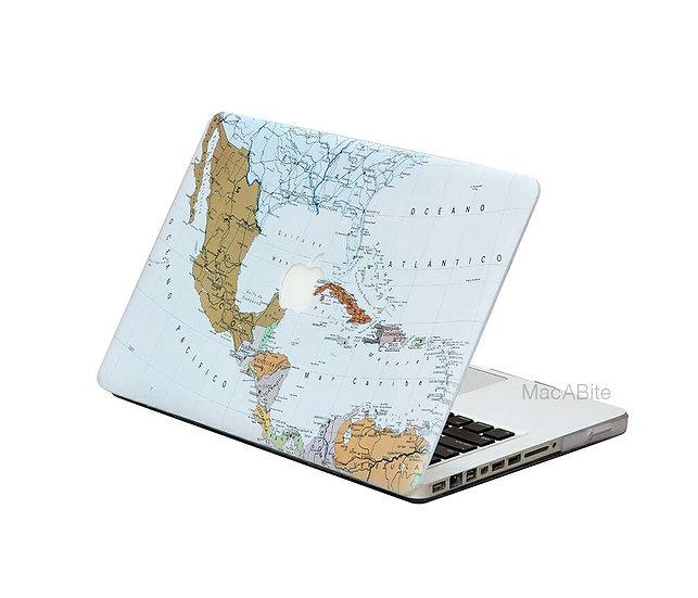 เคส Macbook ลาย World Map เจาะโลโก้